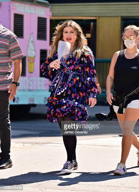 Kelly Clarkson seen during a music video in Columbus Circle on August 24, 2021 in New York City.