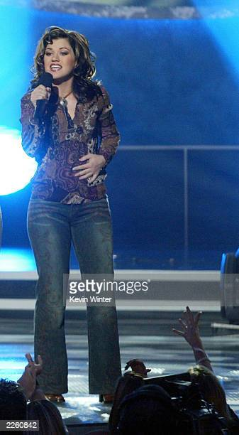 Kelly Clarkson was voted the winner at FOXTV's American Idol finale at the Kodak Theatre in Hollywood Ca Wednesday Sept 4 2002 Photo by Kevin...