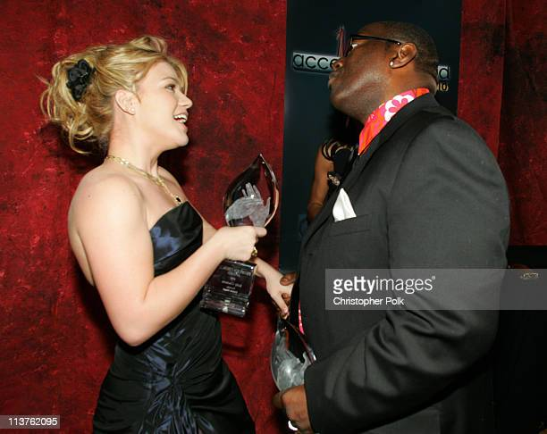 Kelly Clarkson winner Favorite Female Performer and Randy Jackson winner Favorite Reality Show Competition for 'American Idol' **EXCLUSIVE**