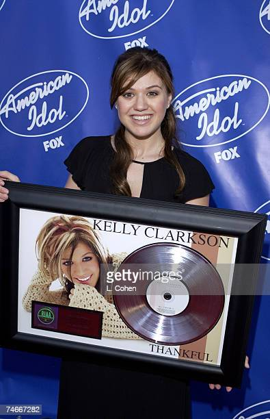 Kelly Clarkson with her Platnium Album for Thankful at the Universal Ampitheater in Universal City California