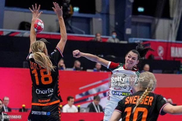 Kelly Dulfer of Netherlands, Szandra Szollosi-Zacsik of Hungary, Danick Snelder of Netherlands during the Women's EHF Euro 2020 match between...
