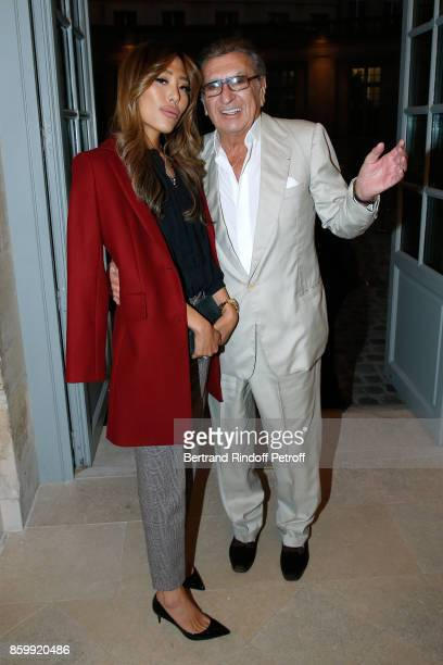 Kelly Evans and Claude Ott attend the Picasso 1932 Exhibition Opening at Musee national PicassoParis on October 10 2017 in Paris France