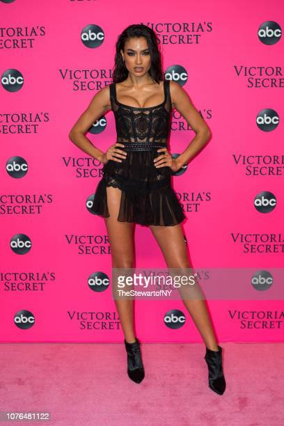Kelly Gale attends the 2018 Victoria's Secret Fashion Show viewing party at Spring Studios on December 02 2018 in New York City