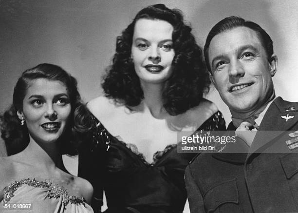 Kelly Gene Actor Director Singer Dancer Choreographer USA * with the actors Pier Angeli and Margot Hielscher at the shootings for ''The Devil makes...