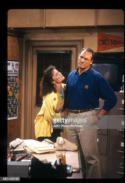 COACH Kelly Girl Airdate April 4 1990 T NELSON