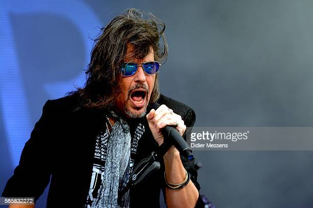 Kelly Hansen from Foreigner performs during the second day of the Wacken Open Air festival on August 4 2016 in Wacken Germany