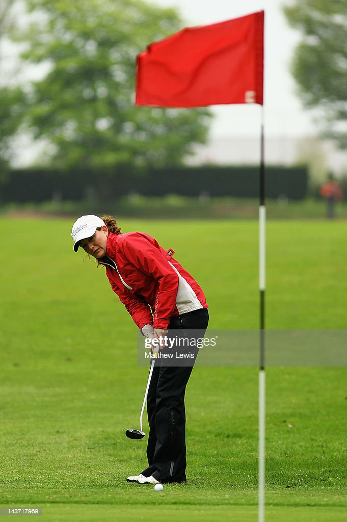 Kelly Hanwell Of Rugby Golf Club Makes A Putt On The 1st Hole During News Photo Getty Images