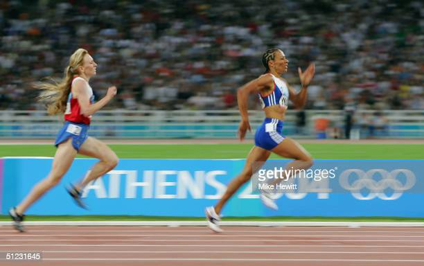 Kelly Holmes of Great Britain competes during the women's 1500 metre final on August 28 2004 during the Athens 2004 Summer Olympic Games at the...