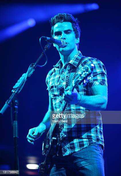 Kelly Jones of Stereophonics performs on June 1 2010 in Bournemouth England