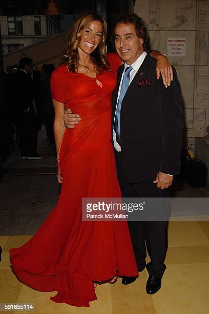 Kelly Killoren Bensimon and Gilles Dufour attend The 2005 CFDA Fashion Awards at The New York Public Library on June 6 2005 in New York City