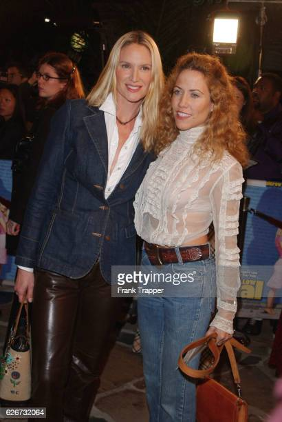 """Kelly Lynch and Sheryl Crow arrive at the premiere screening of """"Shallow Hal."""""""