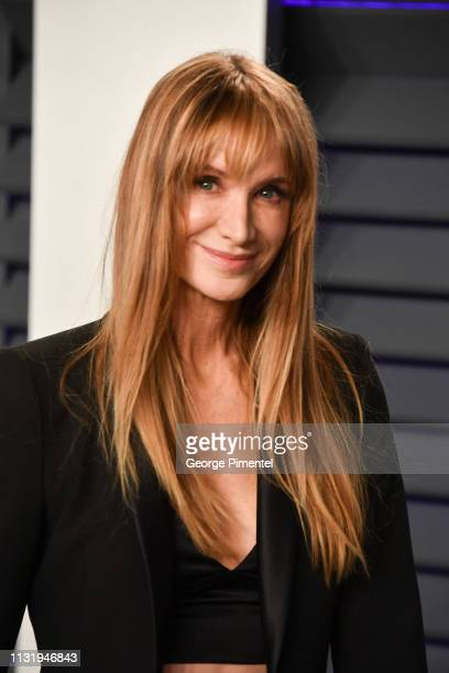 Kelly Lynch attends the 2019 Vanity Fair Oscar Party hosted by Radhika Jones at Wallis Annenberg Center for the Performing Arts on February 24, 2019...