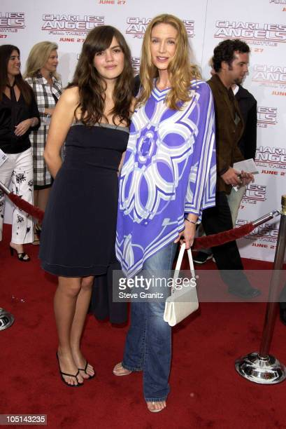 """Kelly Lynch during """"Charlie's Angels 2 - Full Throttle"""" Premiere at Mann's Chinese Theater in Hollywood, California, United States."""