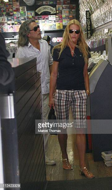 Kelly Lynch during Kelly Lynch and Mitch Glazer Sighting in Soho New York May 24 2007 in New York City New York United States