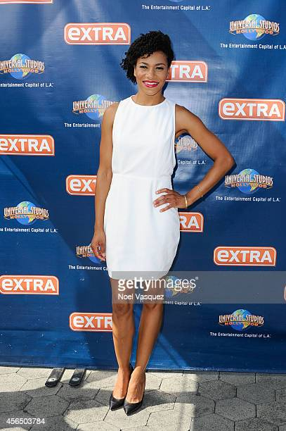 Kelly McCreary visits Extra at Universal Studios Hollywood on October 1 2014 in Universal City California