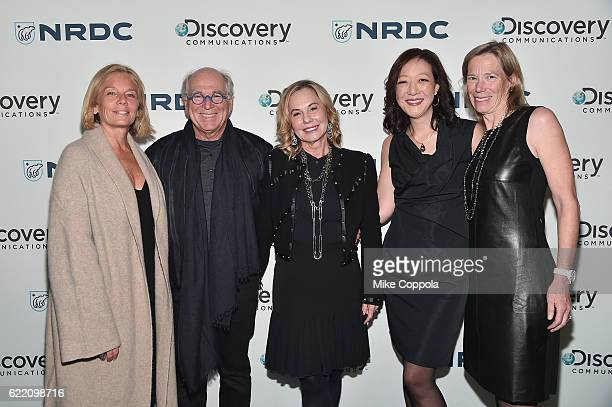 Kelly Meyer Jimmy Buffet Jane Slagsvol Rhea Suh and Sheryl Tishman attend the Natural Resources Defense Council's NRDC's Night of Comedy Benefit with...