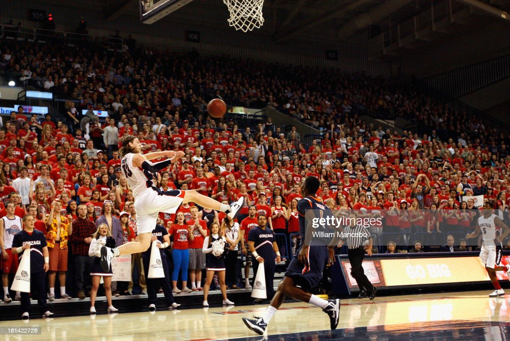 Kelly Olynyk #13 of the Gonzaga Bulldogs passes the ball during the first half of the game against the Pepperdine Waves at McCarthey Athletic Center on February 7, 2013 in Spokane, Washington.