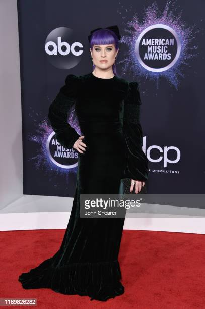 Kelly Osbourne attends the 2019 American Music Awards at Microsoft Theater on November 24 2019 in Los Angeles California