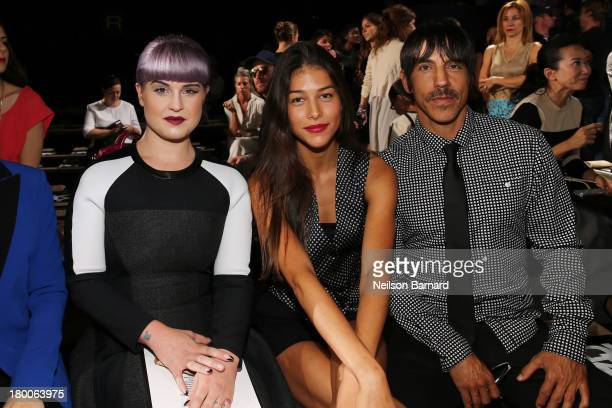 Kelly Osbourne Helena Vestergaard and Anthony Kiedis attend DKNY Women's fashion show during MercedesBenz Fashion Week Spring 2014 on September 8...
