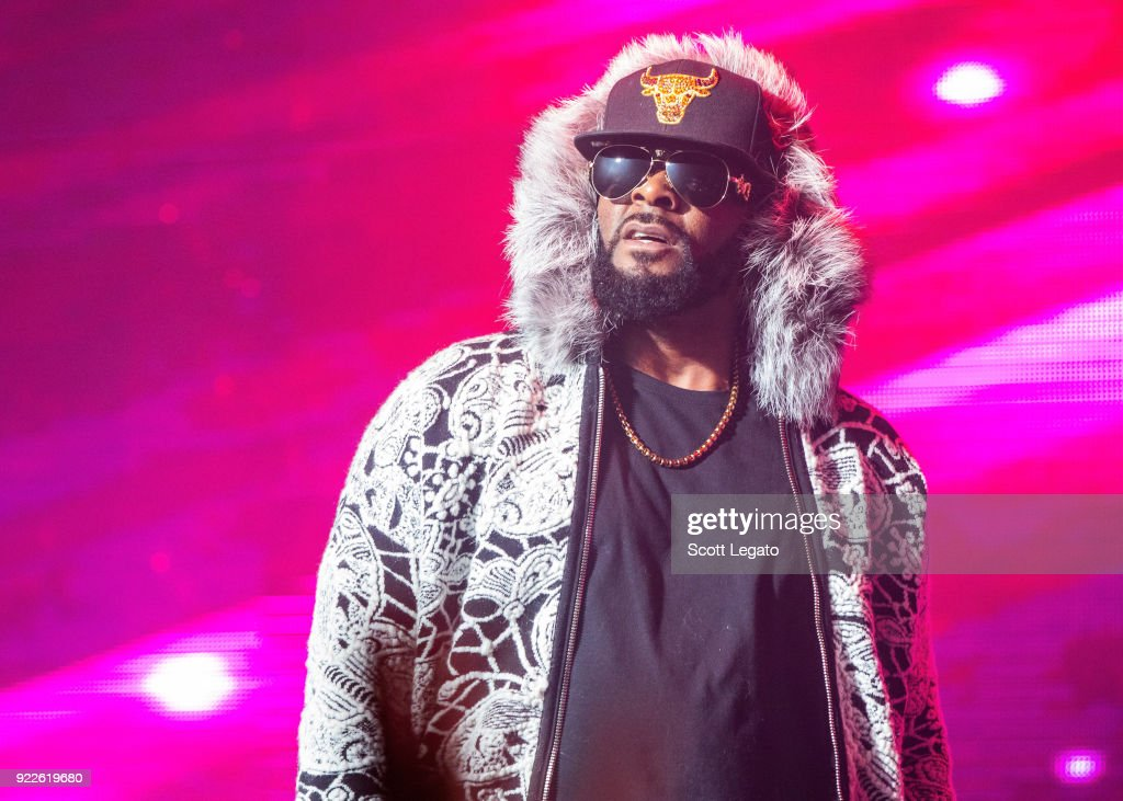 R Kelly In Concert - Detroit, MI : News Photo