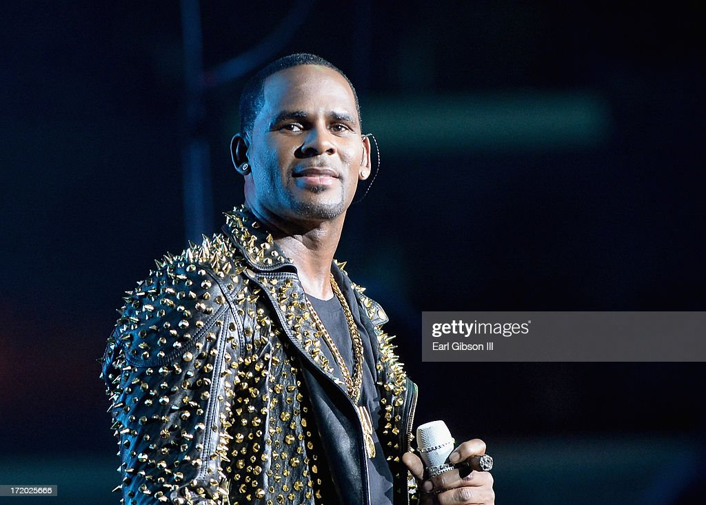 2013 BET Experience - R. Kelly, New Edition and The Jacksons : News Photo