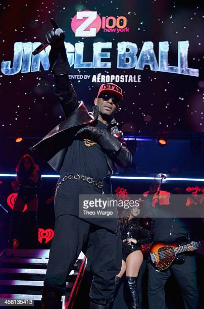 R Kelly performs onstage during Z100's Jingle Ball 2013 presented by Aeropostale at Madison Square Garden on December 13 2013 in New York City