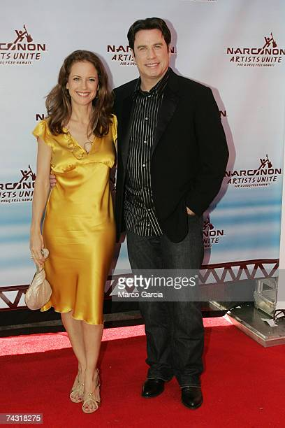 Kelly Preston and John Travolta arrive on the red carpet for a Fundraiser for Narconon Hawaii at the Honolulu Design Center May 24 2007 in Honolulu...