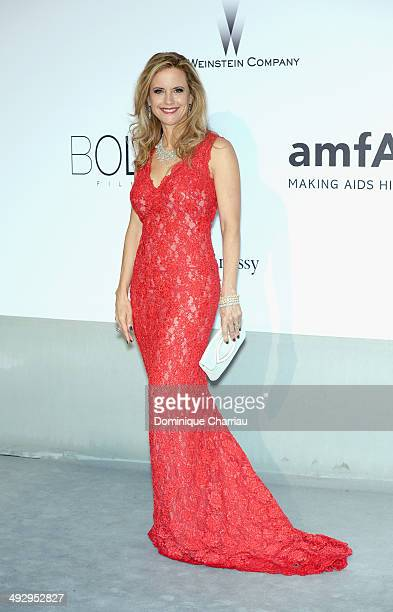 Kelly Preston attends amfAR's 21st Cinema Against AIDS Gala Presented By WORLDVIEW BOLD FILMS And BVLGARI at Hotel du CapEdenRoc on May 22 2014 in...
