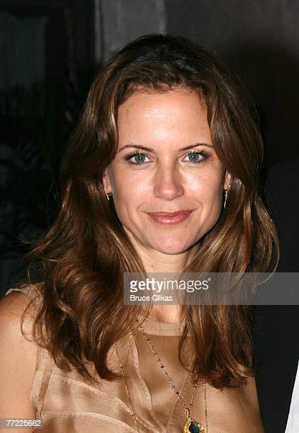 """Kelly Preston visits the cast of """"The Rise of Dorothy Hale"""" Off-Broadway at St. Lukes Theater on October 7, 2007 in New York."""