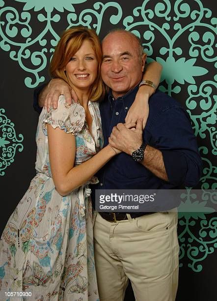 Kelly Reilly and Bob Hoskins during 2005 Toronto Film Festival Mrs Henderson Presents Portraits at HP Portrait Studio in Toronto Canada