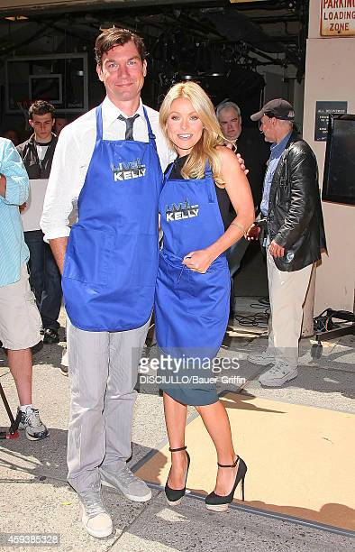 Kelly Ripa and Jerry O'Connell are seen in Grilling With The Stars on Live With Kelly TV show on May 29 2012 in New York City