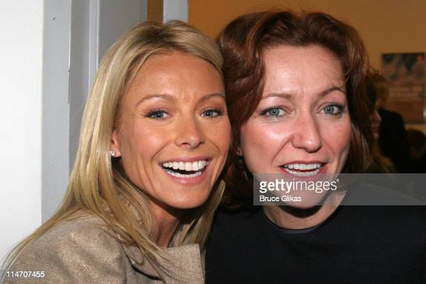 Kelly Ripa and Julie White **EXCLUSIVE COVERAGE**