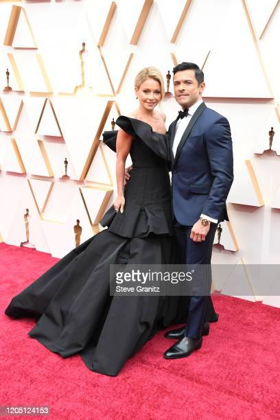 Kelly Ripa and Mark Consuelos attends the 92nd Annual Academy Awards at Hollywood and Highland on February 09 2020 in Hollywood California