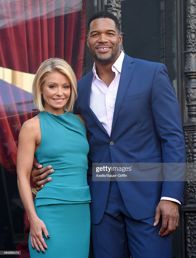 Kelly Ripa and Michael Strahan attend the ceremony honoring Kelly Ripa with a star on the Hollywood Walk of Fame on October 12, 2015 in Hollywood, California.