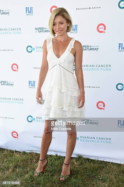 Kelly Ripa attends OCRF's 18th Annual Super Saturday NY Hosted by Donna Karan and Kelly Ripa on July 25 2015 in Water Mill City