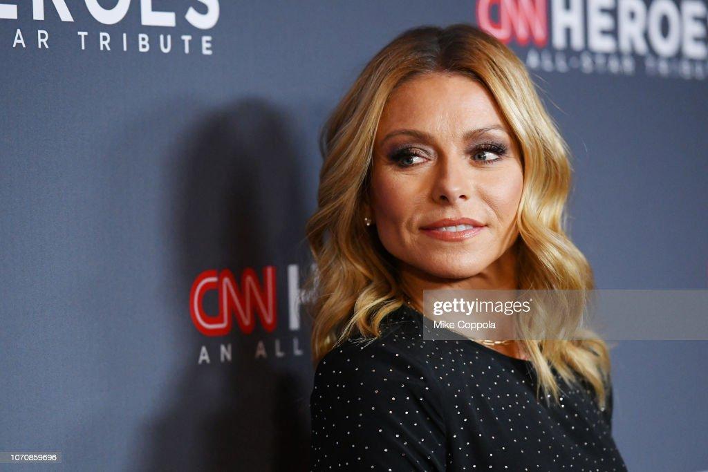 12th Annual CNN Heroes: An All-Star Tribute - Red Carpet Arrivals : News Photo