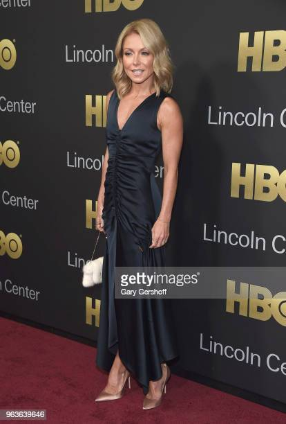 Kelly Ripa attends the 2018 Lincoln Center American Songbook gala honoring HBO's Richard Plepler at Alice Tully Hall Lincoln Center on May 29 2018 in...