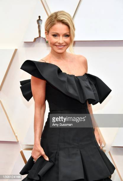 Kelly Ripa attends the 92nd Annual Academy Awards at Hollywood and Highland on February 09 2020 in Hollywood California