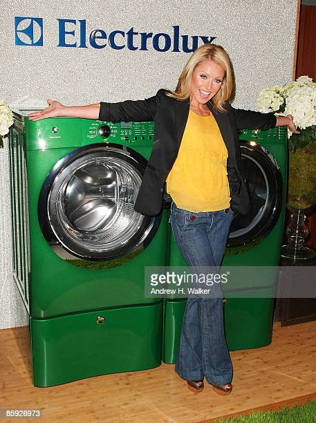 Kelly Ripa launches the new Electrolux limited edition Kelly Green shade at Banchet Florist on April 13 2009 in New York City