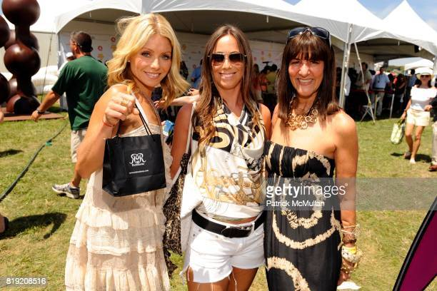 Kelly Ripa Robin Rothfeld and Kay Unger attend YUMMIE TUMMIE By Heather Thomson At Super Saturday at Nova's Ark Project on July 31 2010 in Water Mill...