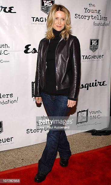 Kelly Rowan during The Cast of The OC at Esquire House Los Angeles to Benefit Young Storytellers Program Arrivals at Esquire House Los Angeles in...