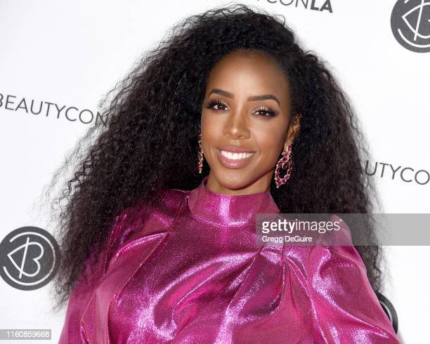 Kelly Rowland attends Beautycon Los Angeles 2019 Pink Carpet at Los Angeles Convention Center on August 10 2019 in Los Angeles California