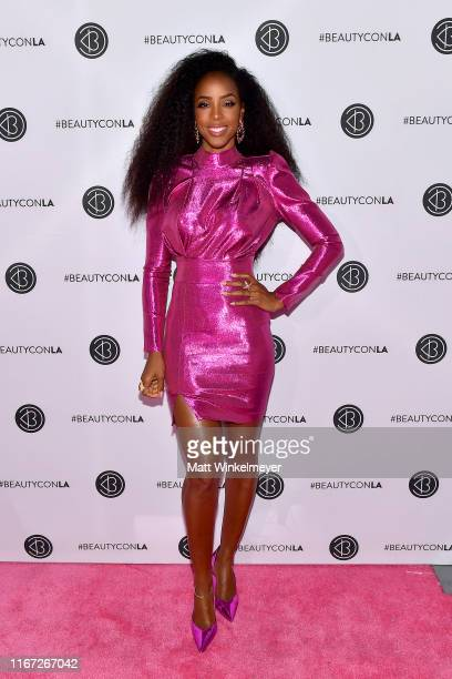 Kelly Rowland attends Beautycon Los Angeles 2019 Pink Carpet at Los Angeles Convention Center on August 10, 2019 in Los Angeles, California.