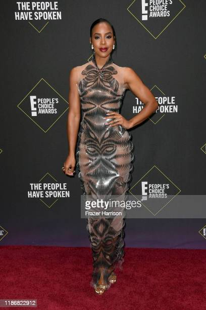 Kelly Rowland attends the 2019 E People's Choice Awards at Barker Hangar on November 10 2019 in Santa Monica California