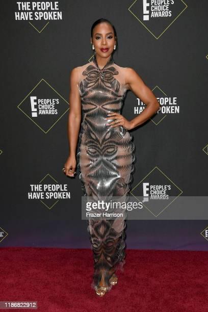 Kelly Rowland attends the 2019 E! People's Choice Awards at Barker Hangar on November 10, 2019 in Santa Monica, California.
