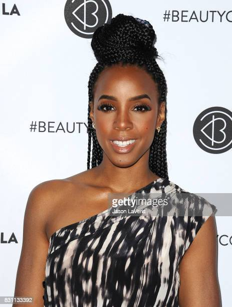 Kelly Rowland attends the 5th annual Beautycon festival at Los Angeles Convention Center on August 13 2017 in Los Angeles California