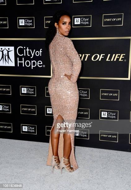 Kelly Rowland attends the City of Hope Spirit of Life Gala 2018 at Barker Hangar on October 11 2018 in Santa Monica California