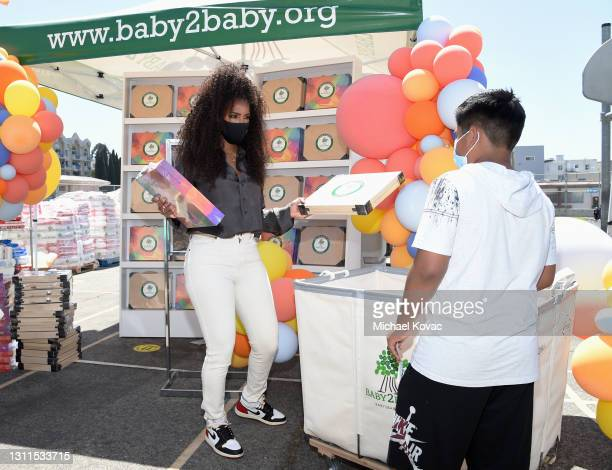 Kelly Rowland attends Welcome Back With Baby2Baby Presented By Amazon Hosted By Kelly Rowland on April 08, 2021 in Los Angeles, California.