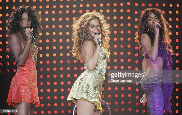 Kelly Rowland Beyonce Knowles and Michelle Williams of Destiny's Child during Destiny's Child Destiny Fulfilled Tour in Oakland September 3rd 2005 at...