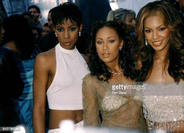 Kelly Rowland Farrah Franklin and Beyonce Knowles of Destiny's Child pose as they arrive before The 42nd Annual GRAMMY Awards on February 23 2000 at...